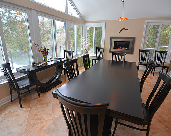 Choosing a Type of Wood for Your Dining Table