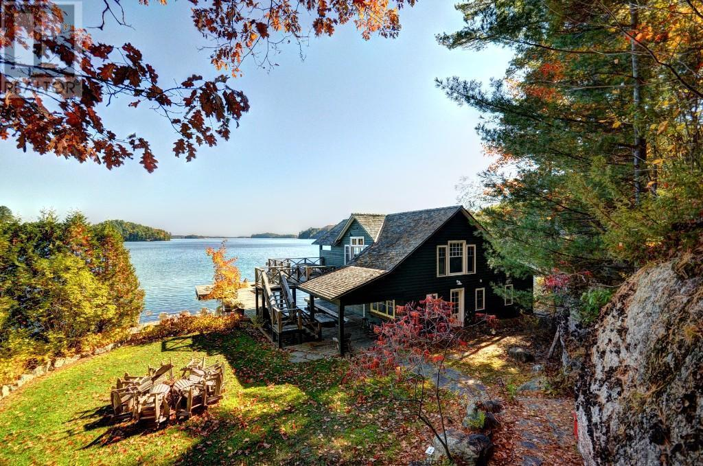 Make Your Cottage Extra Cozy This Autumn With Solid Wood