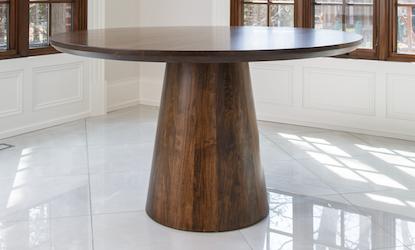 Roxton Table