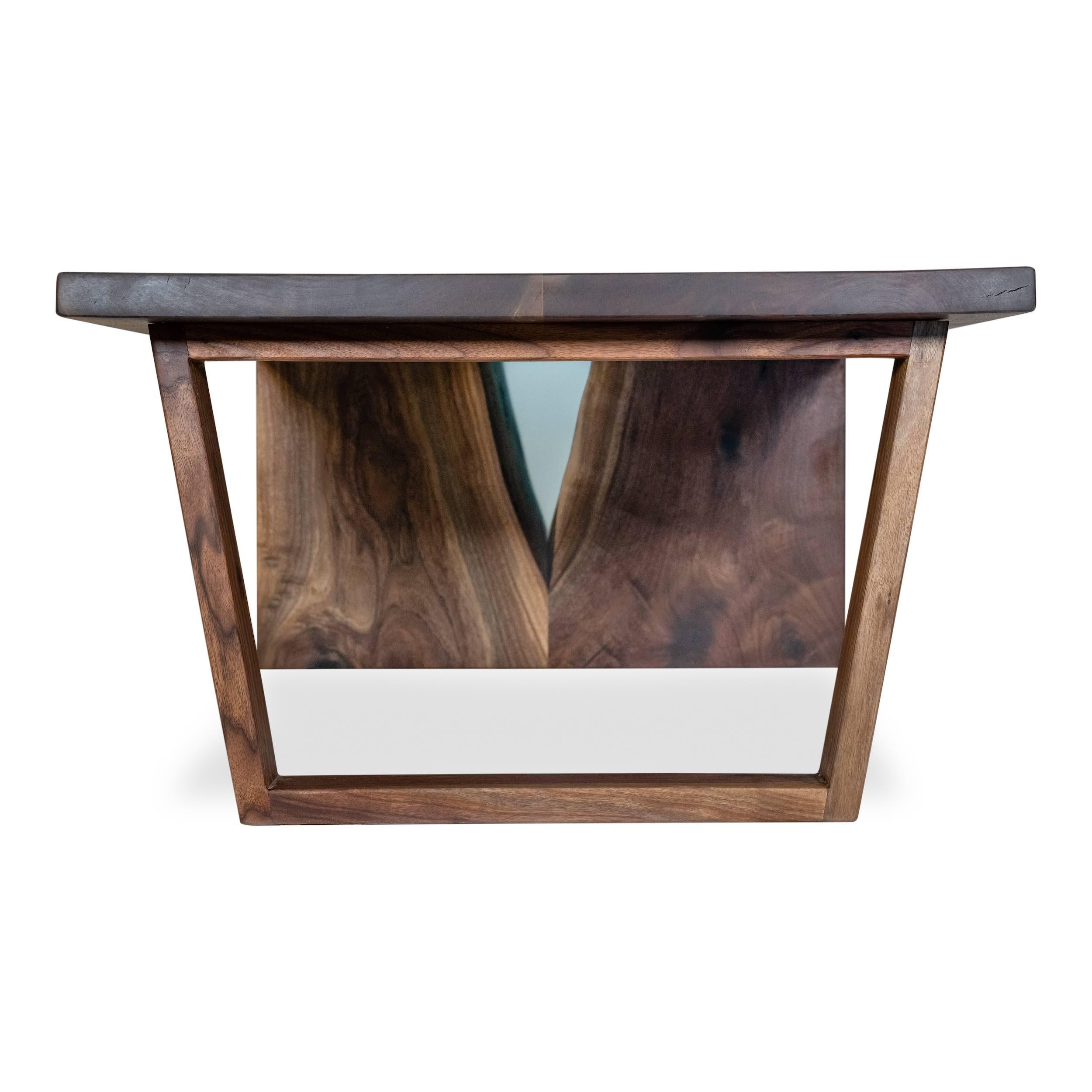 Woodcraft_Furniture_ResinWaterfallCoffeeTable-51.jpeg
