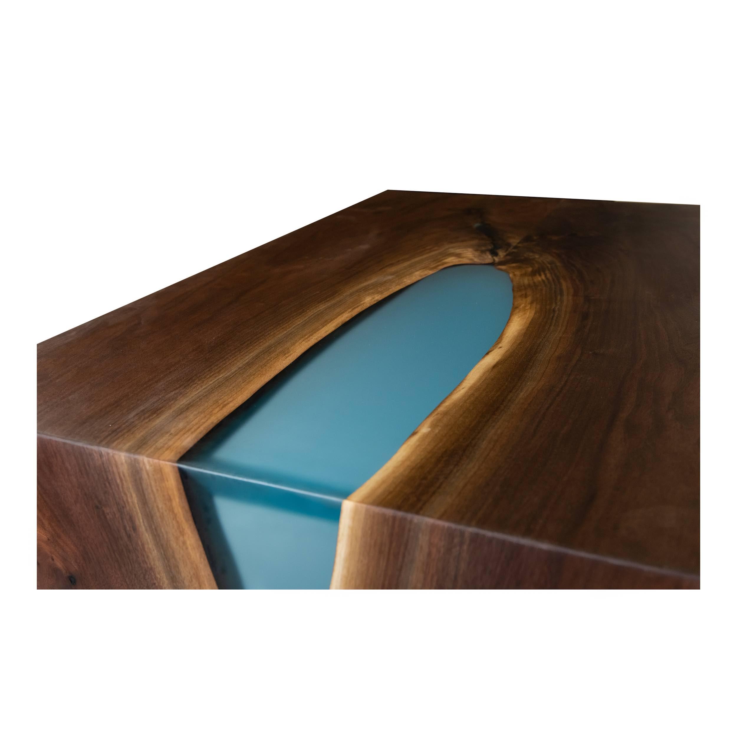 Woodcraft_Furniture_ResinWaterfallCoffeeTable-8.jpeg