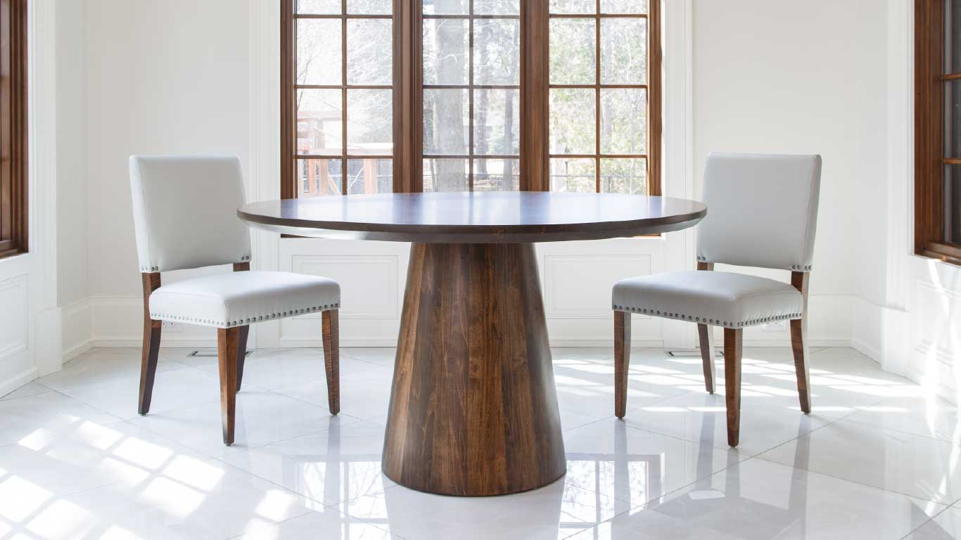 Roxton Table