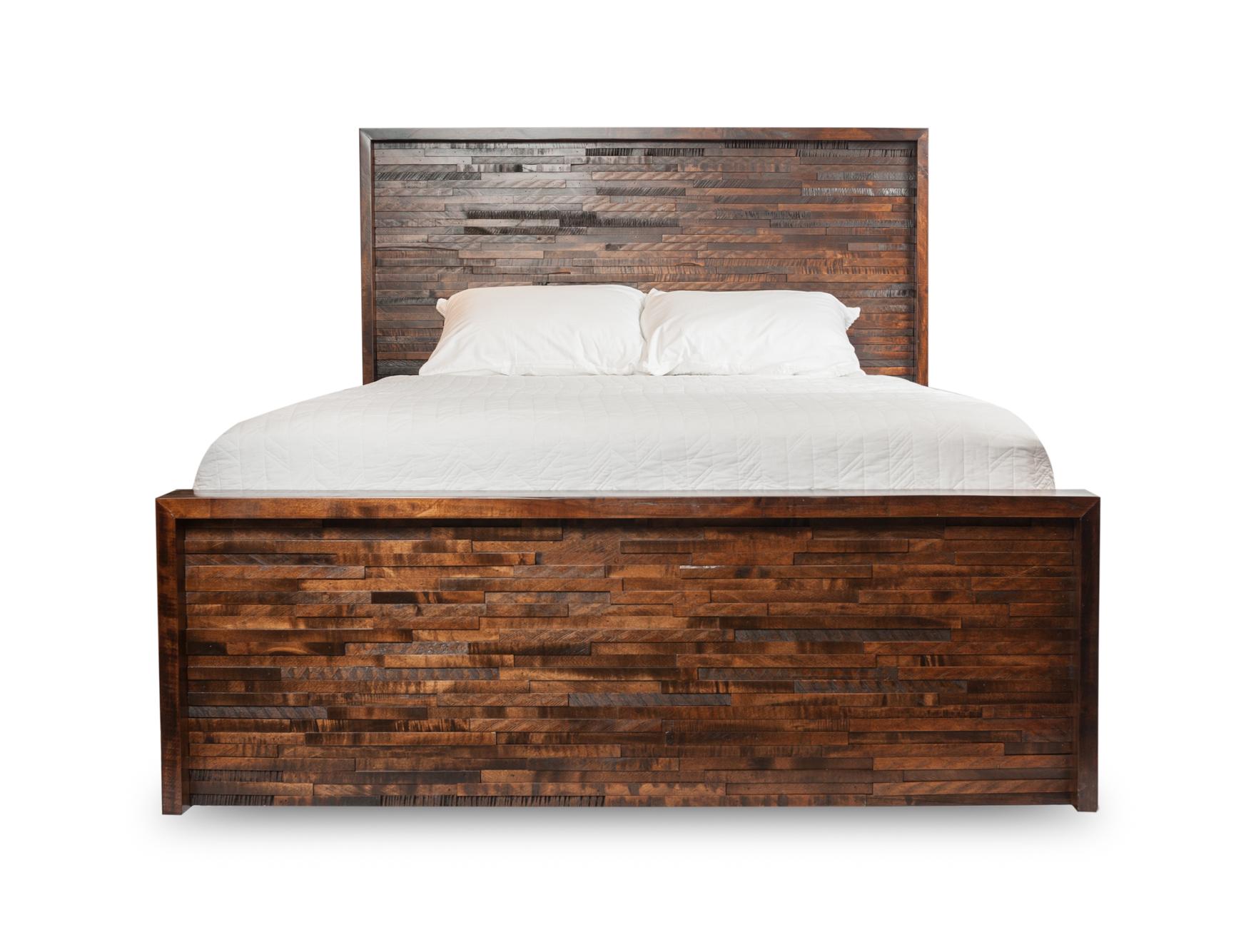 009_Woodcraft_Furniture_GreatLakesQueenBed_Frt-3.jpg