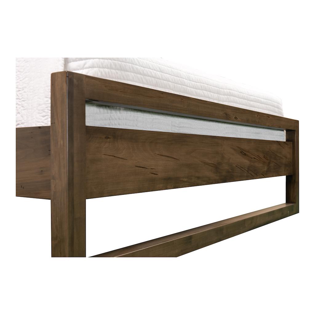 Woodcraft_Furniture_CumberlandBed-4-2-4.jpg