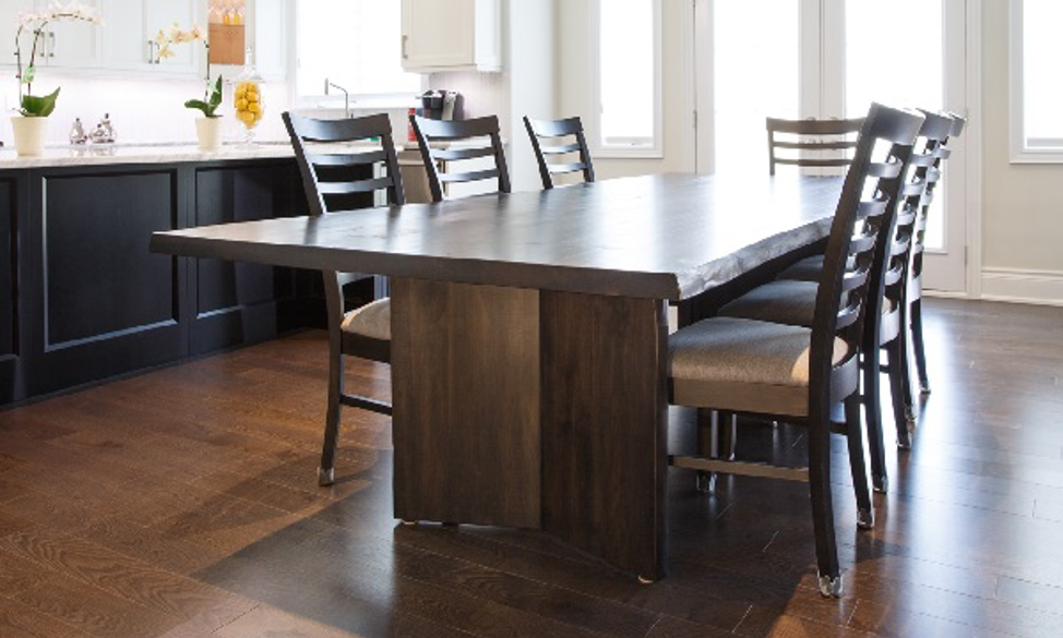 The Many Options You Get with Solid Wood Furniture