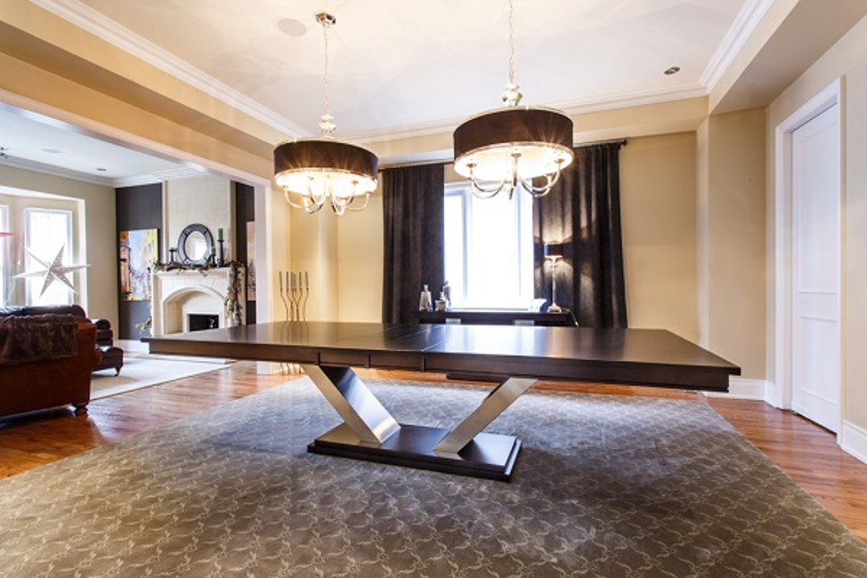 Dining Tables Built for Large Family Gatherings